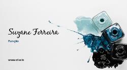 Branco e Azul com Esmaltes para Manicure