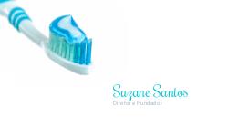Escova de Dente com Fundo Azul